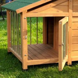 Cuccia per Cani - Cuccia per cani in legno pretrattato, resiste alle intemperie; terrazza coperta e recintata, tetto spiovente (2)